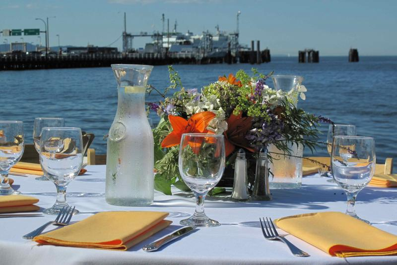 villa Vashon waterfront wedding venue beach wedding party view